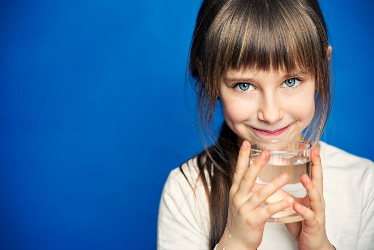 https://www.southendwaterfiltration.com/wp-content/uploads/2020/07/Girl-on-Water-Flyer-1800px-1280x854.jpg